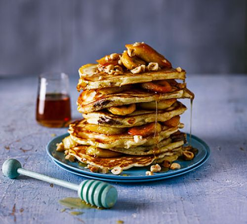 chocolate-filled-pancakes-with-caramelised-bananas