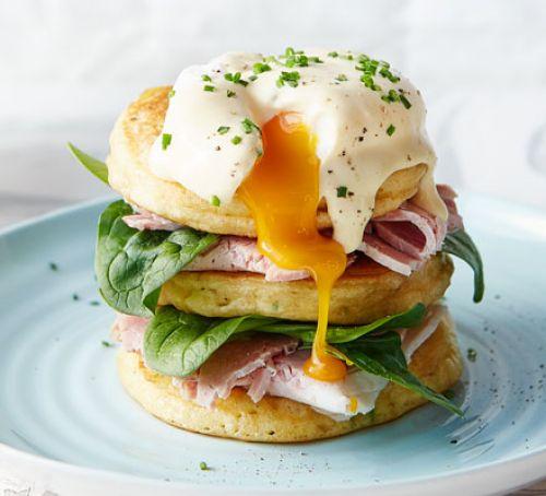 eggs-benedict-pancakes
